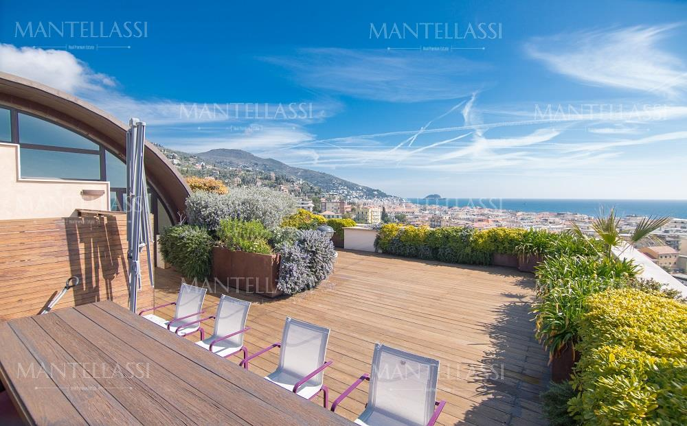 Penthouse for sale in Alassio - Ref.A-AL1